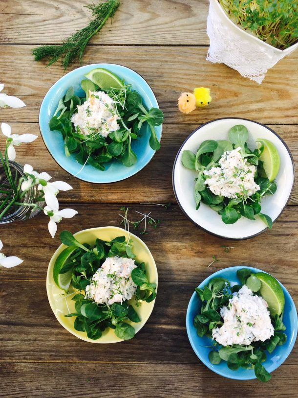 Crab salad with cream cheese, lime and dill