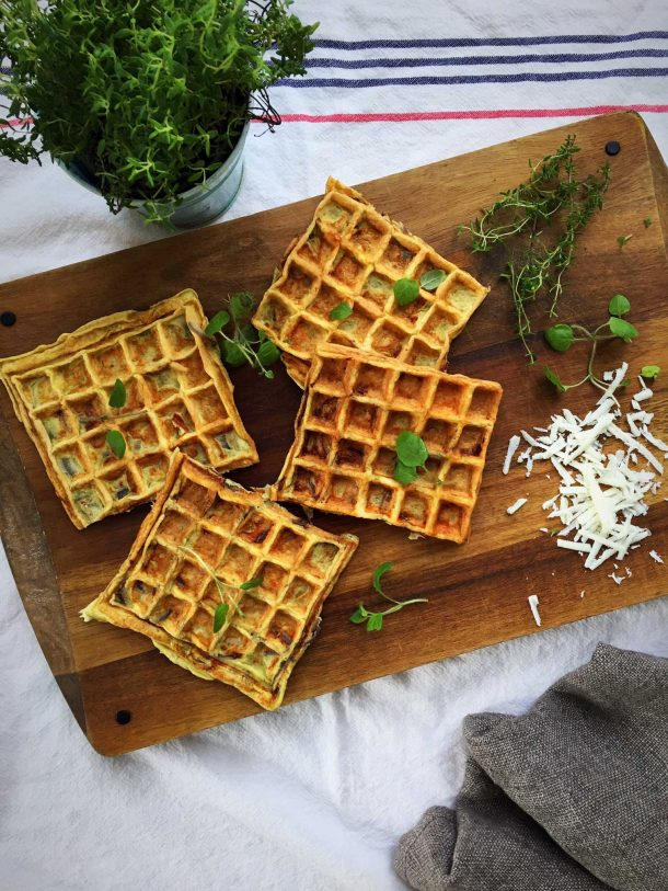 Onion waffles - delicious low carb recipe for waffles with onion and cheese --> MyCopenhagenKitchen.com