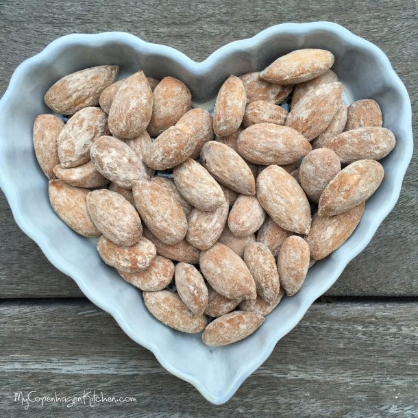 My best salted almonds - what a great snack! LCHF and paleo. --> MyCopenhagenKitchen.com